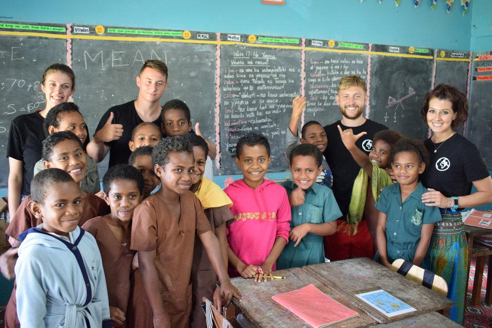 Travel Teacher | Volunteers gaining insight to Fijian culture