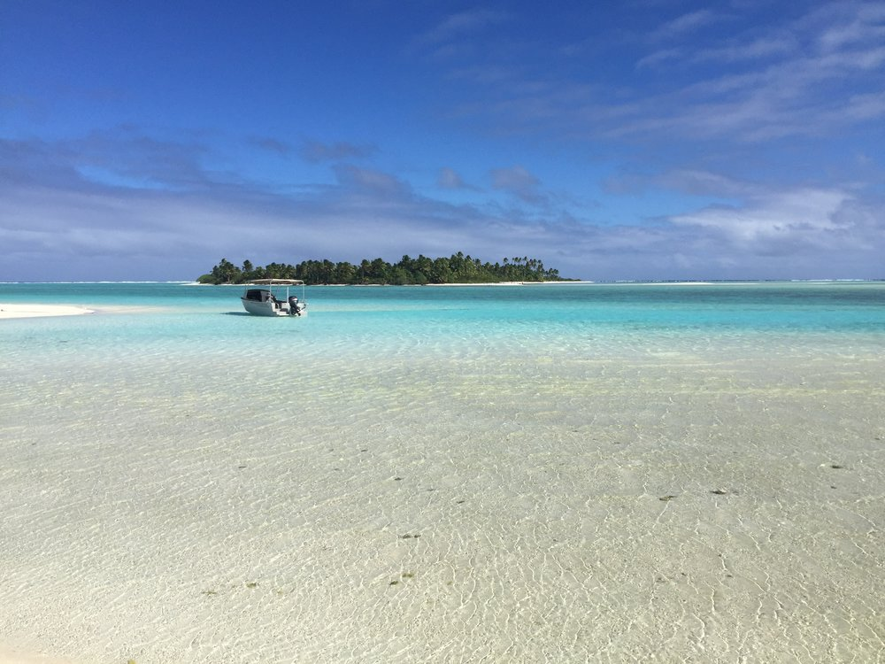 Travel Teacher | Volunteer Expedition Aitutaki