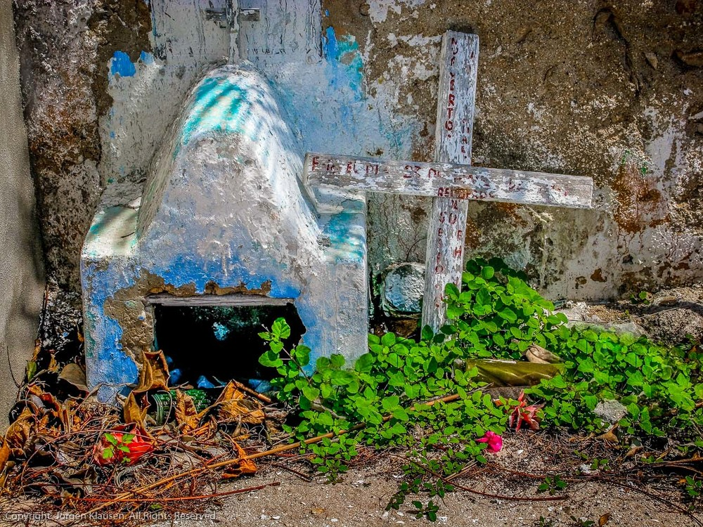 mexican graveyards_512