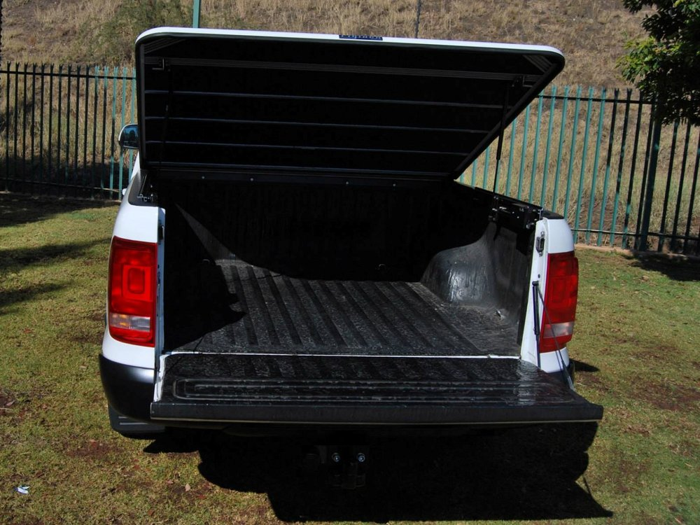 Rigidek Laderaumabdeckung - VW Amarok 2010 DoubleCab 126.jpg