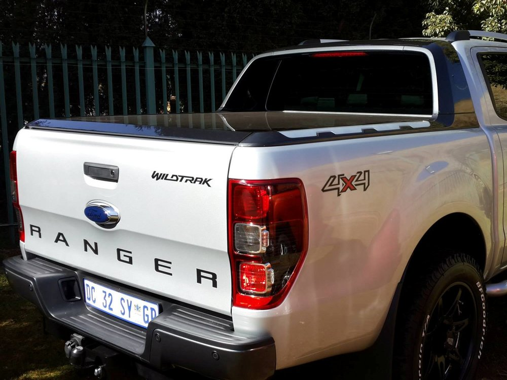 Rigidek Laderaumabdeckung - Ford Ranger 2012 Double Cab Wildtrak 182.jpg