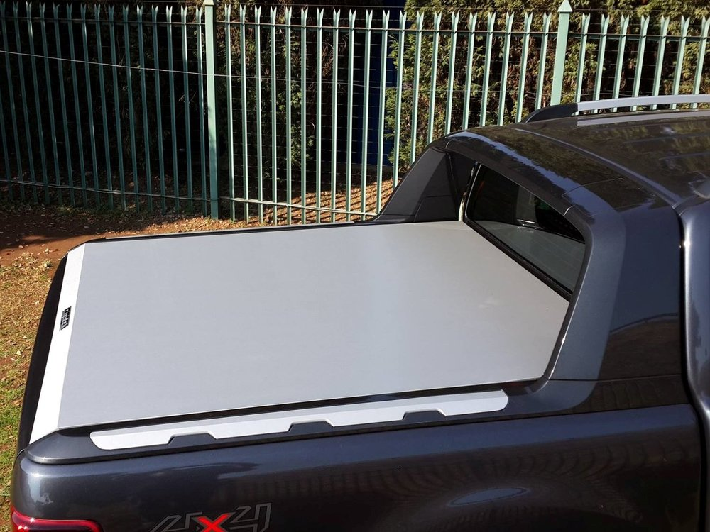 Rigidek Laderaumabdeckung - Ford Ranger 2012 Double Cab Wildtrak 245.jpg