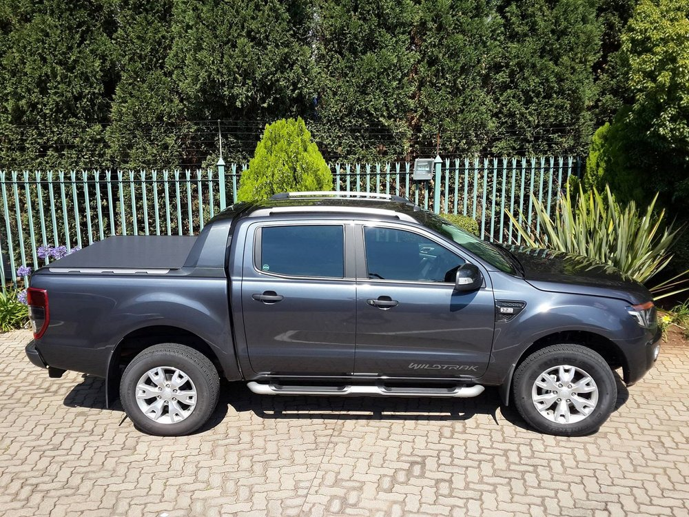 Rigidek Laderaumabdeckung - Ford Ranger 2012 Double Cab Wildtrak 015.jpg