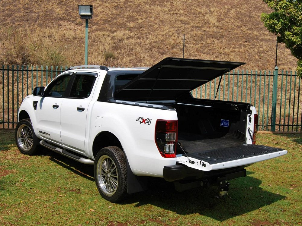 Rigidek Laderaumabdeckung - Ford Ranger 2012 Double Cab Wildtrak 129.jpg