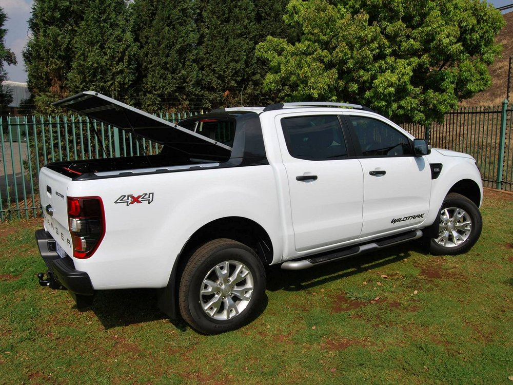 Rigidek Laderaumabdeckung - Ford Ranger 2012 Double Cab Wildtrak 152.jpg