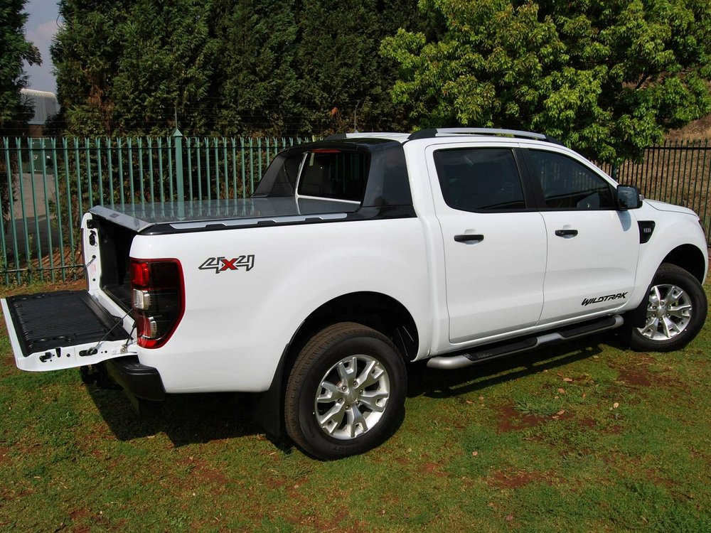 Rigidek Laderaumabdeckung - Ford Ranger 2012 Double Cab Wildtrak 153.jpg