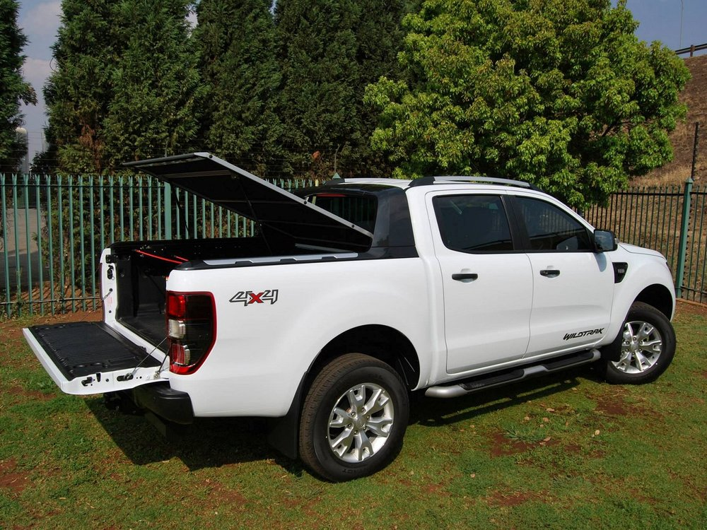 Rigidek Laderaumabdeckung - Ford Ranger 2012 Double Cab Wildtrak 154.jpg