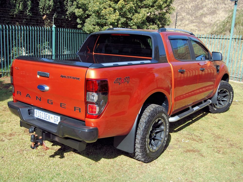 Rigidek Laderaumabdeckung - Ford Ranger 2012 Double Cab Wildtrak 167.jpg