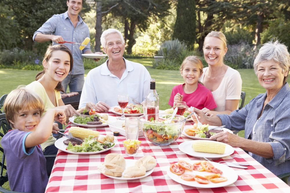 family picnic.jpg