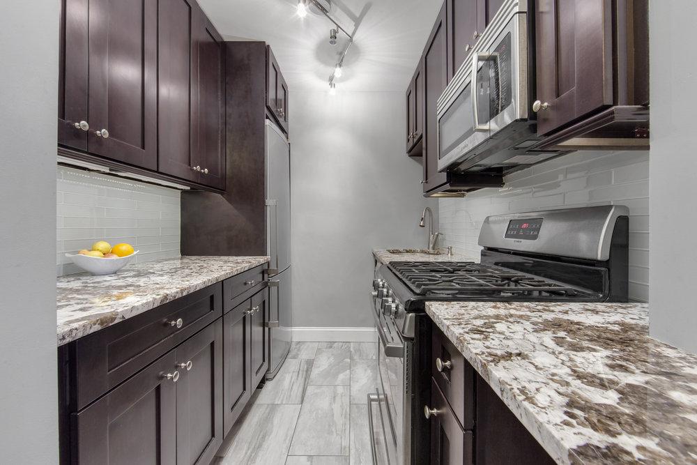 310 Lexington highres kitchen.jpg