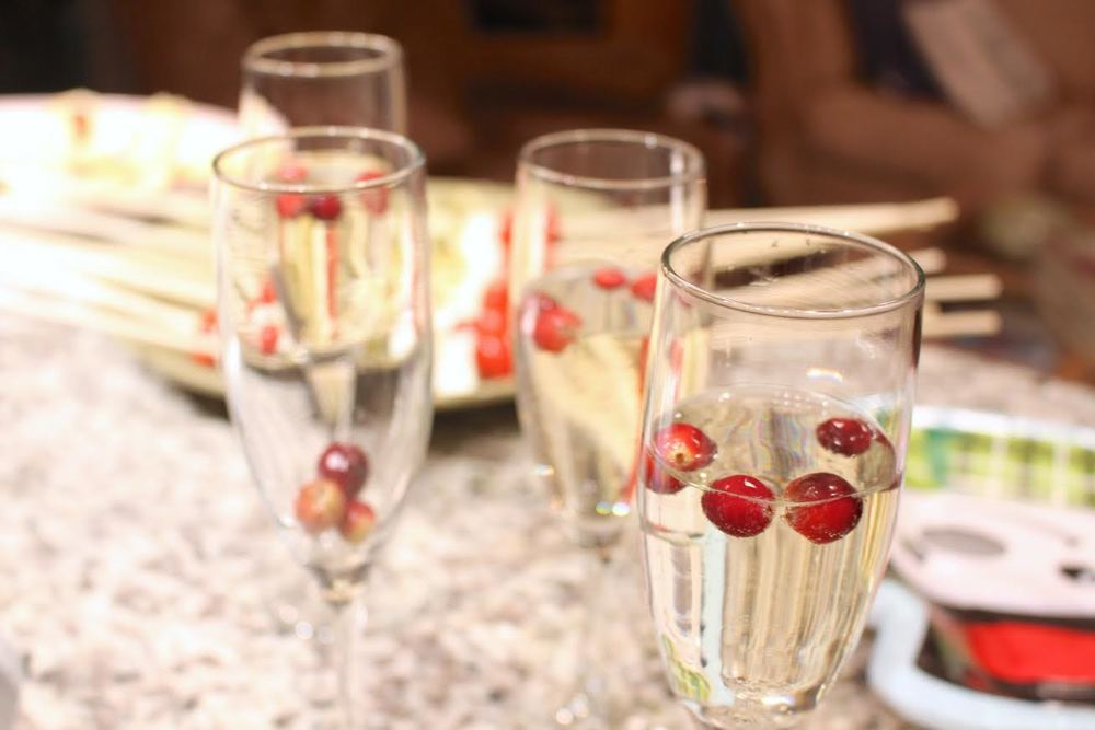 No Girl's Night is completing without flutes of festive champagne!