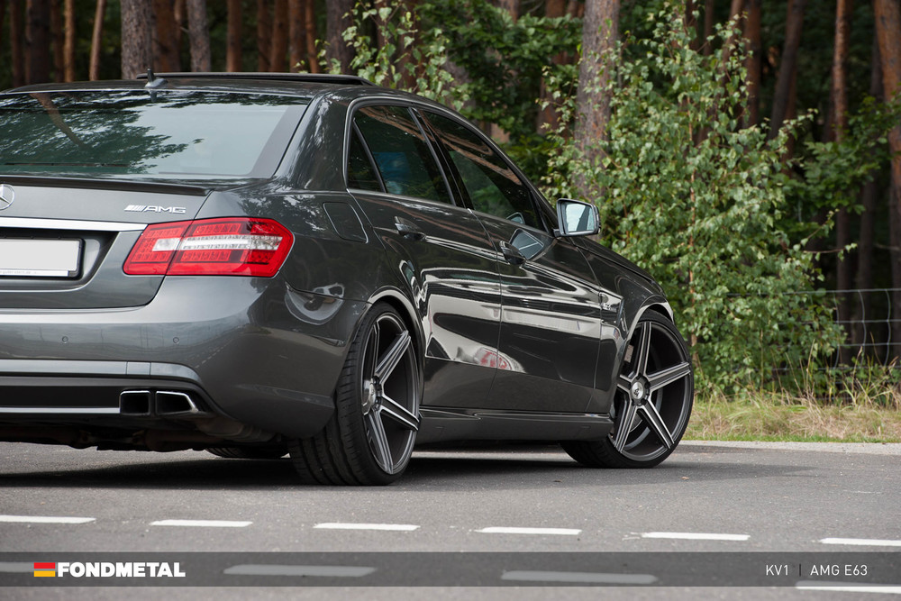 mercedes-benz-amg-e63-fondmetal-kv1-wheels_1.jpg