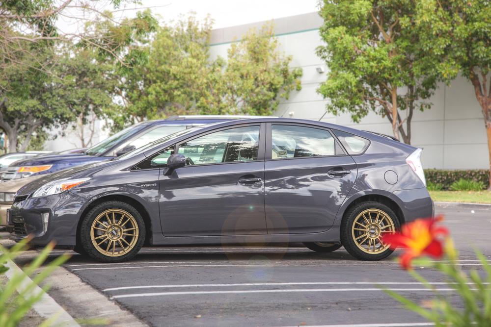 Toyota Prius Fondmetal 9rr