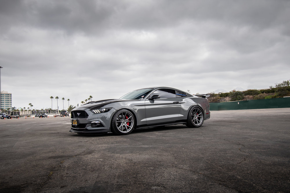 Ford_Grey_Mustang_STC45X-1.jpg
