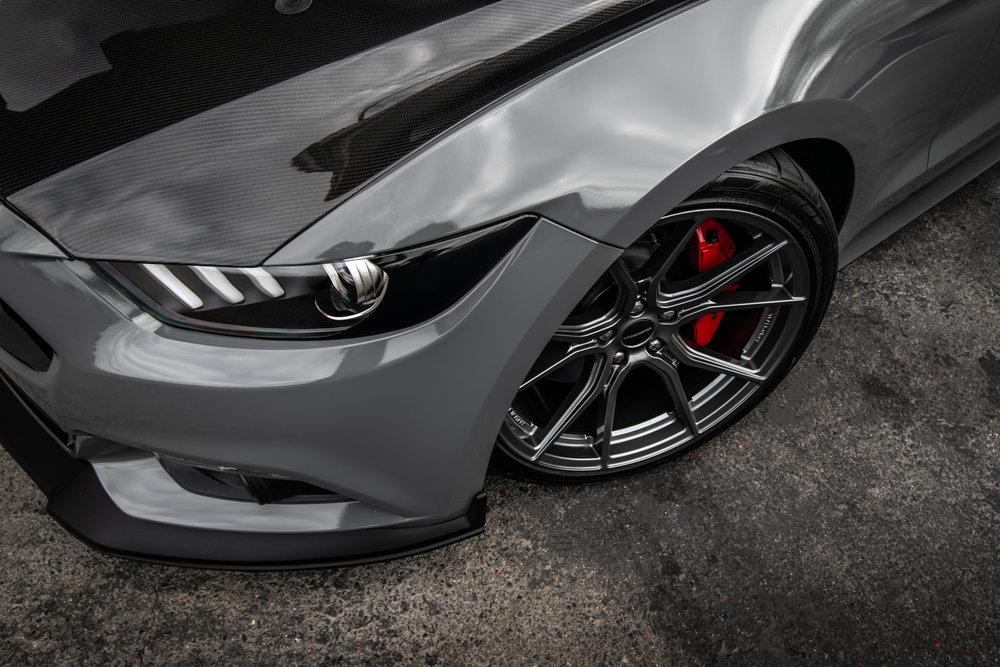 Ford_Grey_Mustang_STC45X-4.jpg