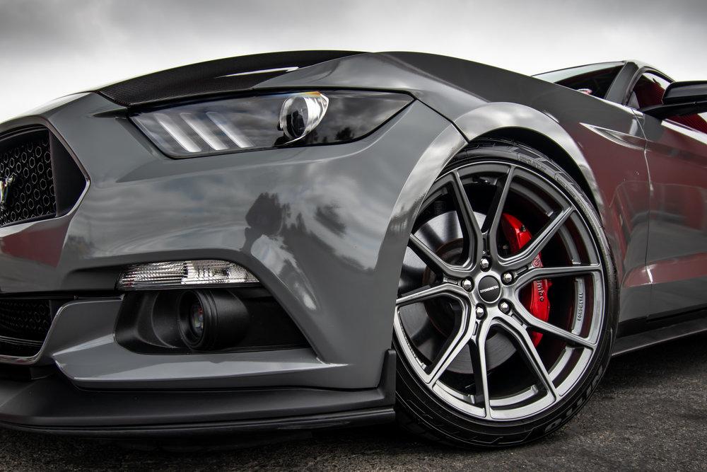 Ford_Grey_Mustang_STC45X-5.jpg