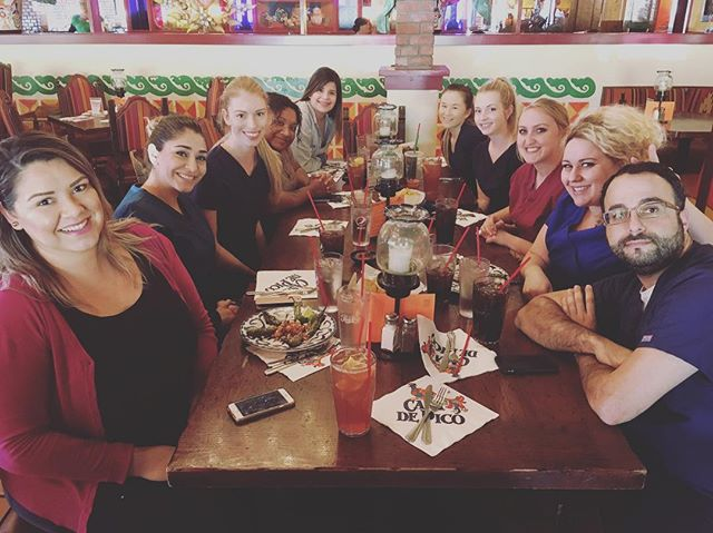 Busy day, but always time for Casa de Pico😋. Enjoy guys! Best dental team 👍#sandiego #dentist #mexicanfood