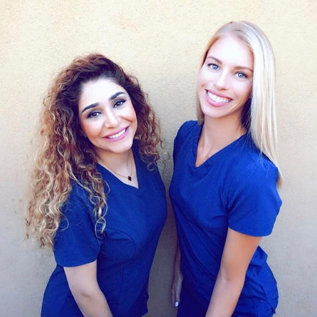 Come visit your favorite hygienists Nora and Ashley at Cardinal La Mesa. The holiday season is fast approaching and pearly whites are our specialty! . . . #cardinaldental #teeth #dentist #dentaloffice #lamesa #sandiego #whitening #bleaching #smile #drsiami #christmas #thanksgiving #holidays #dental #gopadres #hygiene #floss #brush #nocavities