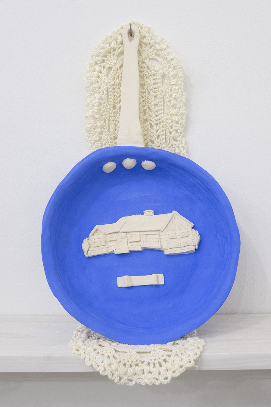 frying pan / ranch house (1940s-1970s),  2018  Glazed stoneware, mercerized cotton thread