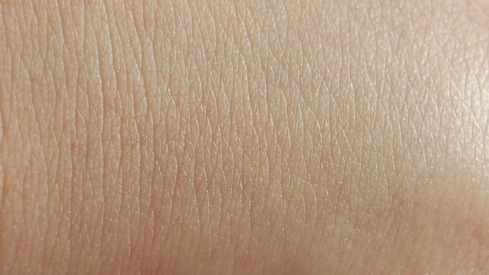 close-up-skin-43835-1920x1080.jpg