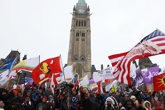 Watch Adrienne Arsenault as she reports on a national First Nations protest movement, Idle no more, that's building social media support across the country.