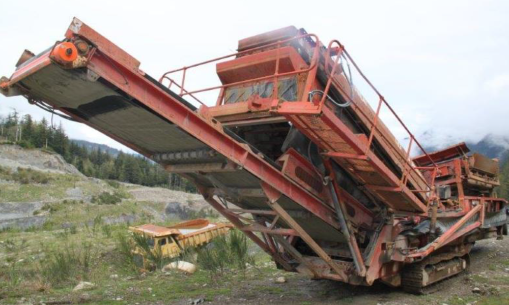 Murrin Construction Equipment for Sale_2005 Terex Finlay 683.PNG