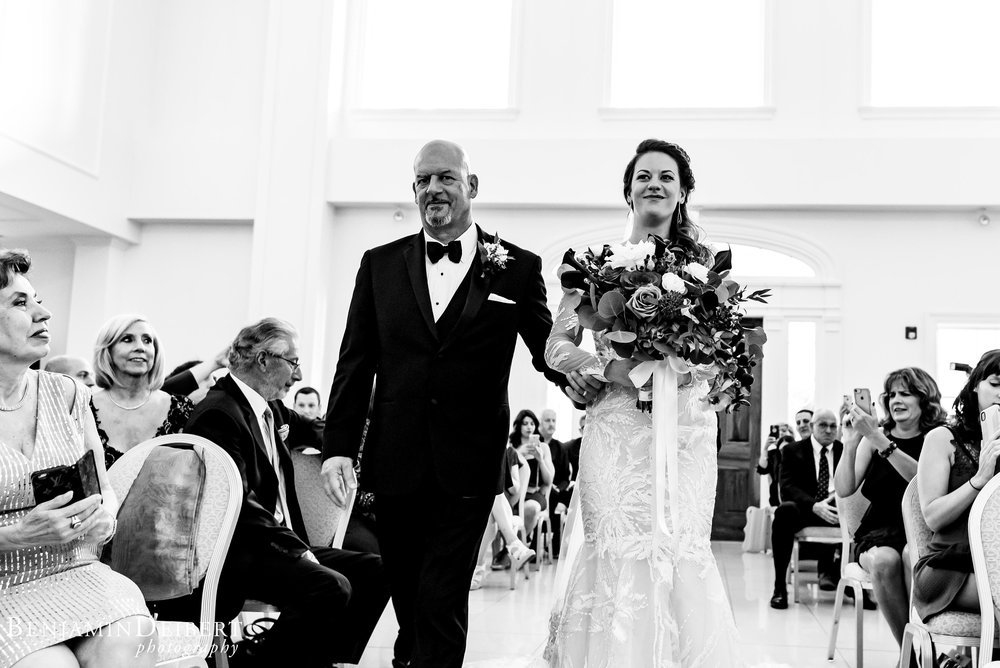 AmandaandElliott_TheCarriageHouse_Wedding-32.jpg
