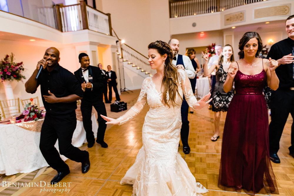 AmandaandElliott_TheCarriageHouse_Wedding-64.jpg