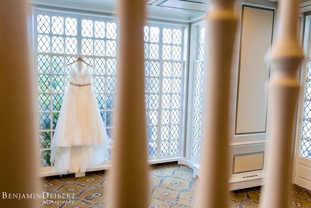 AshleyandDerrick_RadnorValleyCountryClub_Wedding-11.jpg