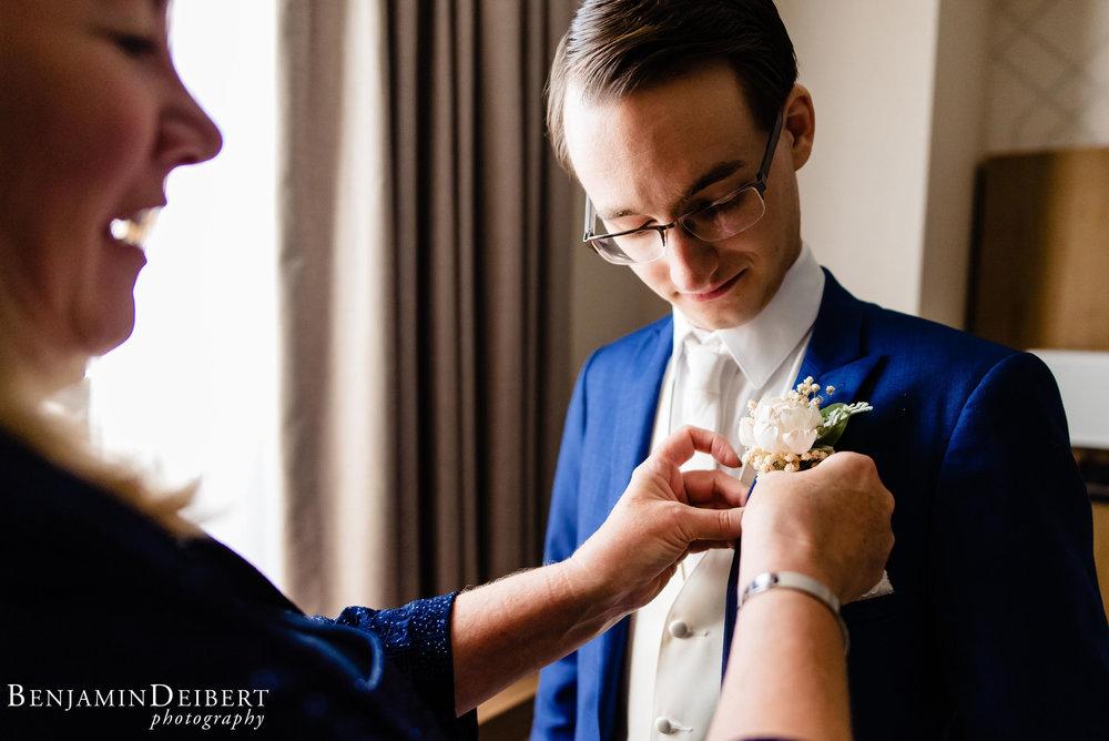 AshleyandDerrick_RadnorValleyCountryClub_Wedding-12.jpg