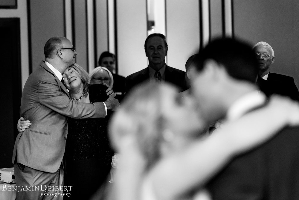 AshleyandDerrick_RadnorValleyCountryClub_Wedding-59.jpg