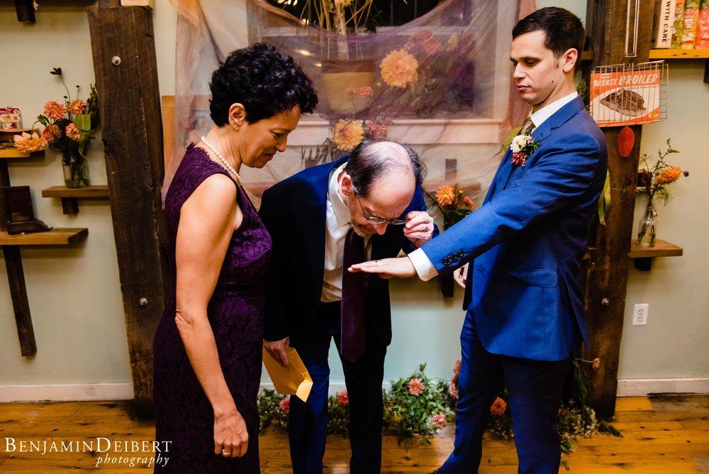 RosieandAvi_HoneysSitNEat_Wedding-55.jpg