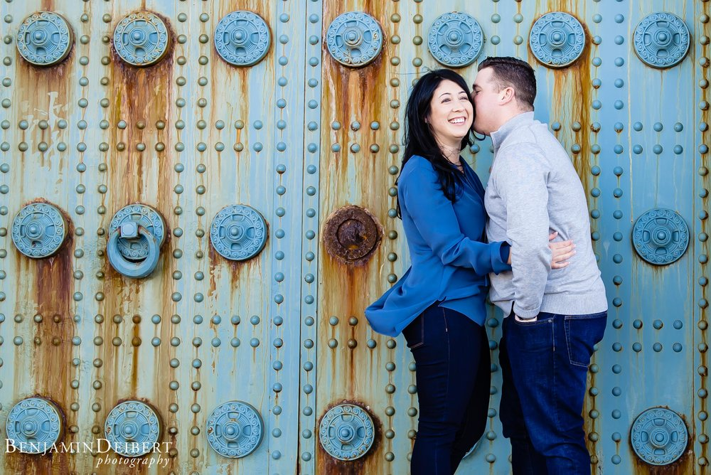 Old_City_Philadelphia_Engagement_Photos.jpg