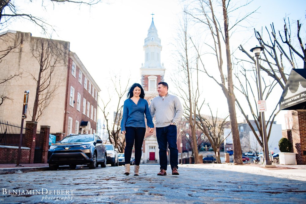 Old_City_Philadelphia_Engagement_Photos_1.jpg