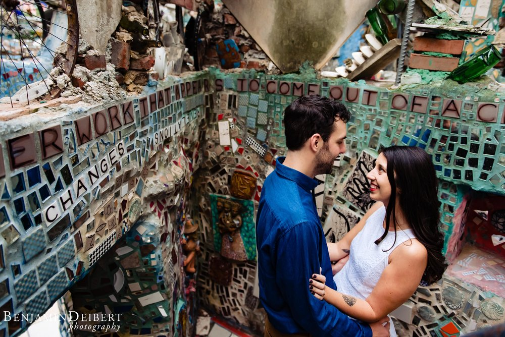 Philadelphia_Magic_Gardens_Engagement_Photos.jpg.jpg