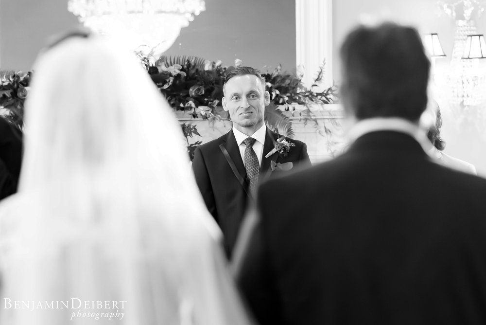 Jamie and Michael_Cameron Inn Estate_Wedding-51.jpg