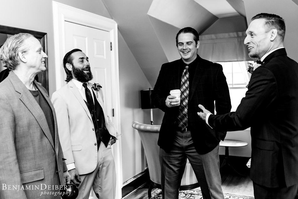 Jamie and Michael_Cameron Inn Estate_Wedding-21.jpg