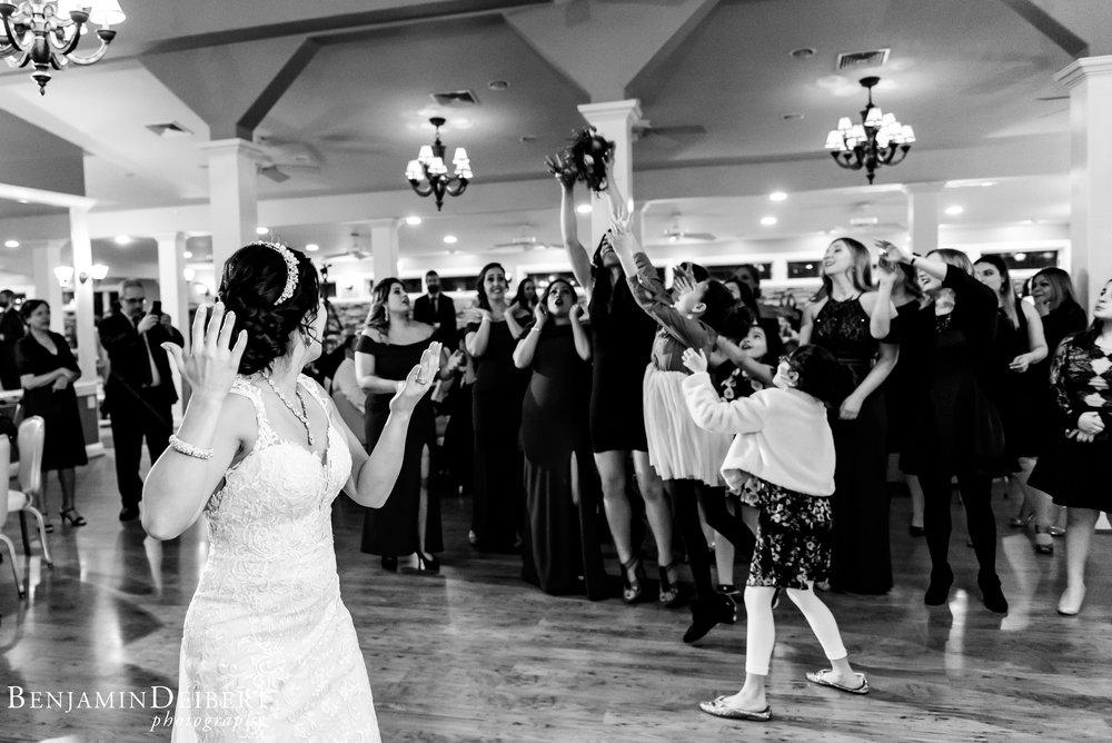 Jamie and Michael_Cameron Inn Estate_Wedding-103.jpg