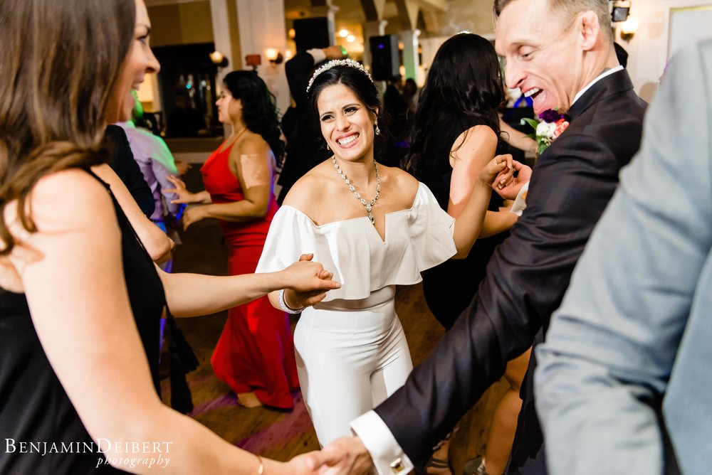 Jamie and Michael_Cameron Inn Estate_Wedding-120.jpg