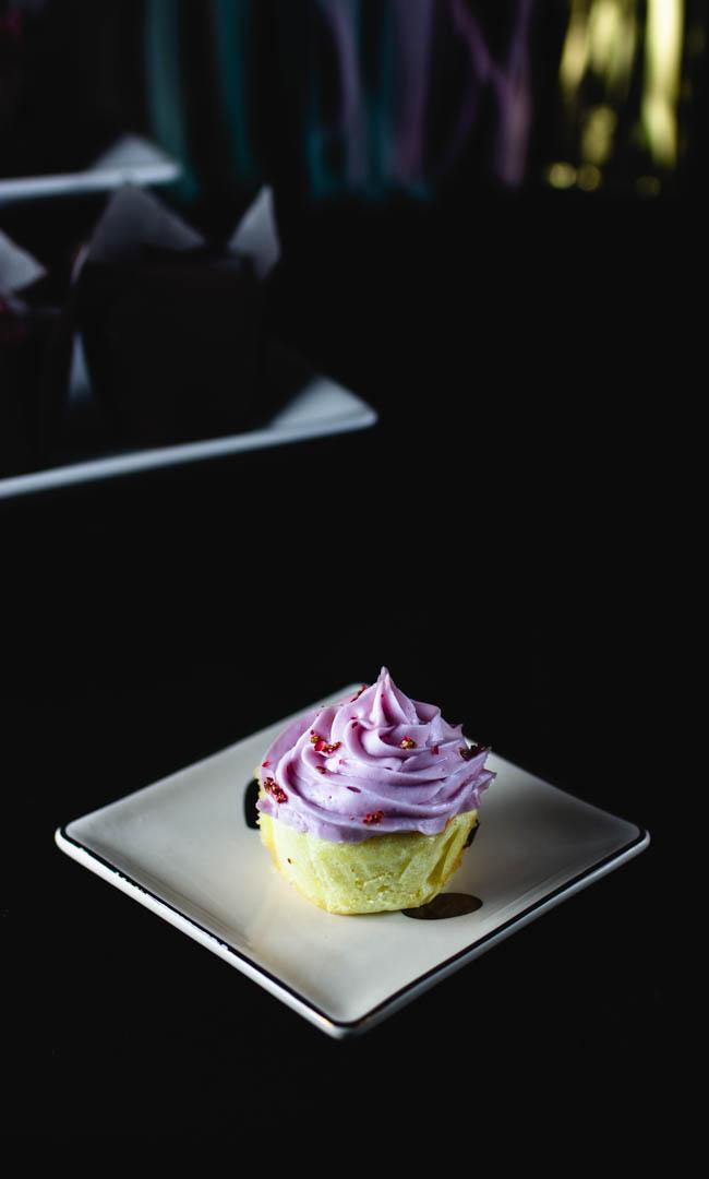 bloggeversary cupcakes-11.jpg