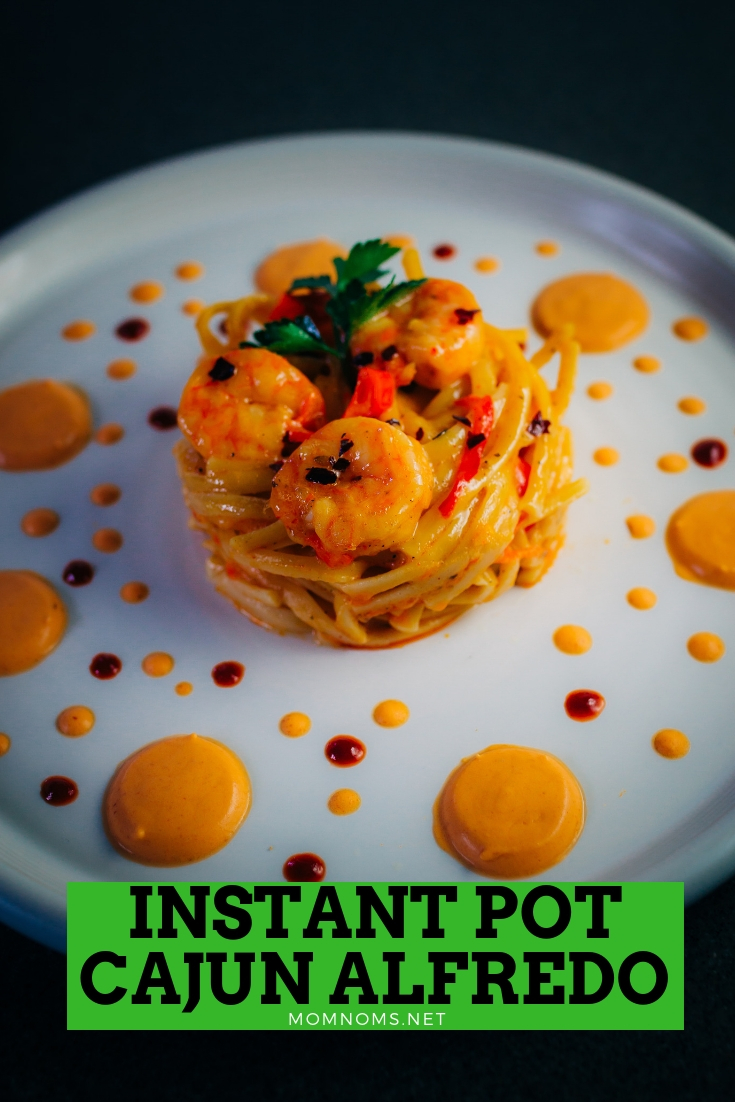This is my specialty, the dish that I love making, however I made in an Instant Pot this time and oh my god, it was delicious! Try it for a quick and flavorful meal!