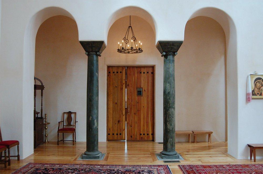 IntViewtoHall Doors.JPG