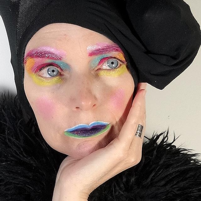 web-makeup  melanie kobayashi.png