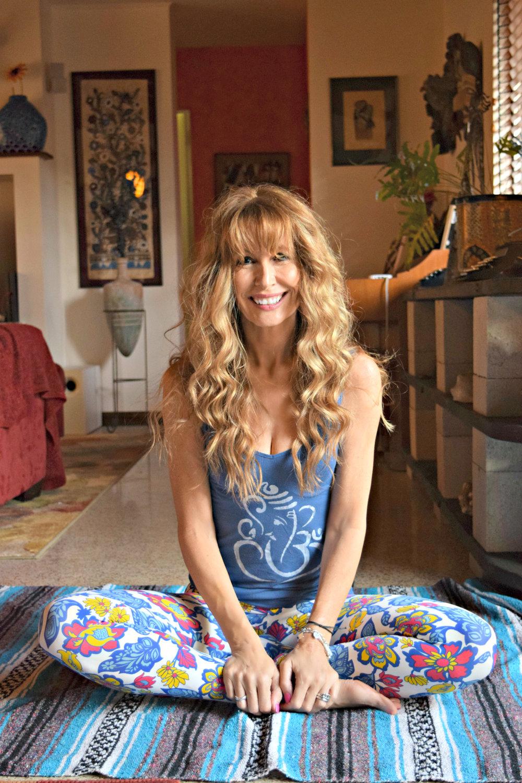 Lorraine_IG Yoga Ed.jpg