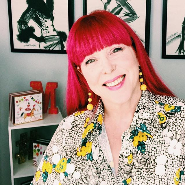 Another pic of that fabby thrifted polyester print. Just because it makes me happy. So there. * * #agingdisgracefully #vintageclothing #thrifted #trashionista #goodwillfinds #over50style #thriftedfashion #thriftscore #fabover50 #advancedstyle #colormehappy