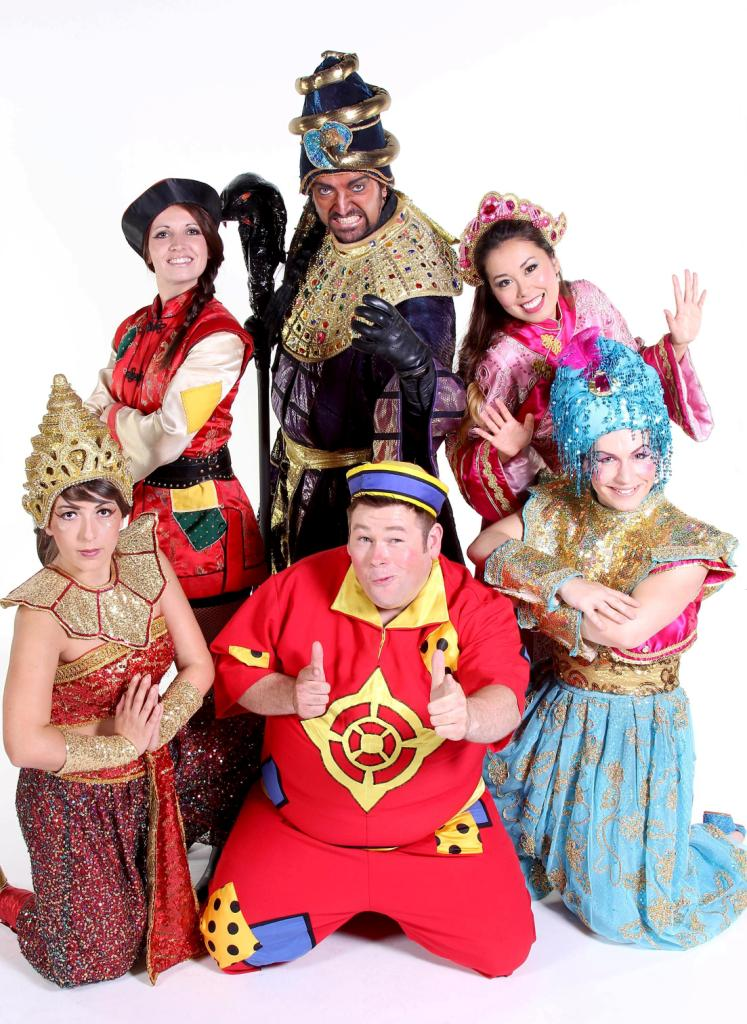Cast of Aladdin, Leamington Spa, 2013
