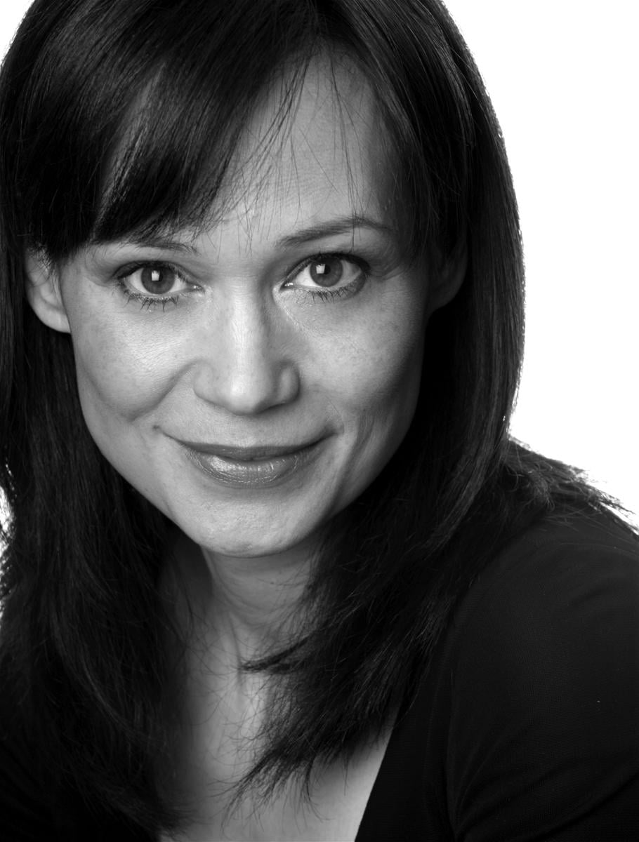 Leah Bracknell