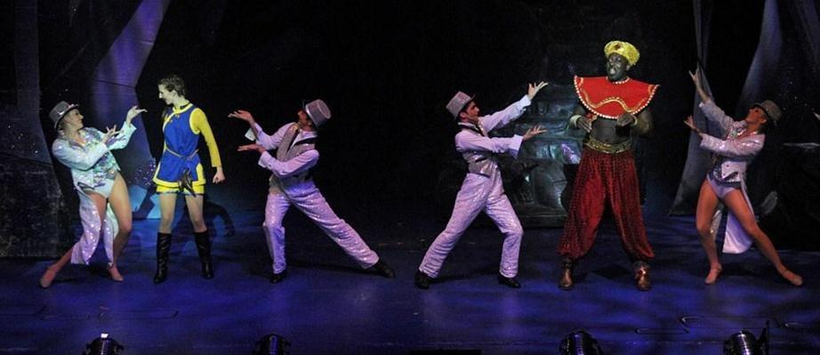 2011-Halifax-Aladdin--9268_new1.jpg
