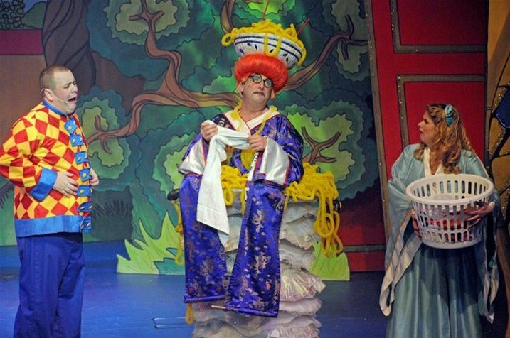 2011-Halifax-Aladdin--9422_new1.jpg