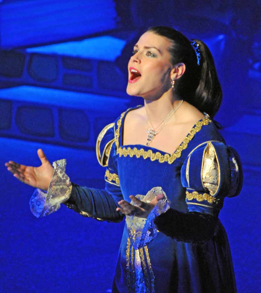 Carolynne as Princess Tamara